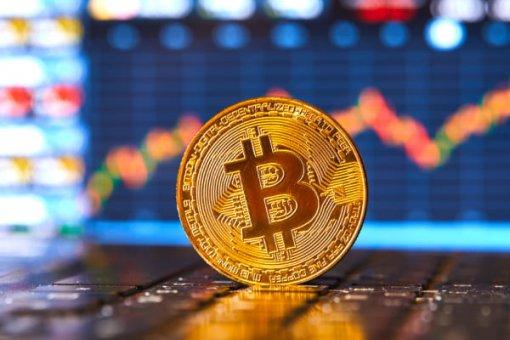 Анализ цены: биткоин ожидает критический прорыв выше 9,350 долларов