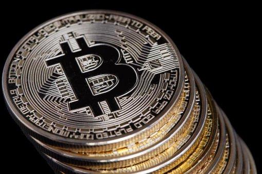 4 причины, по которым цена биткоина неожиданно упала ниже 9,000 долларов