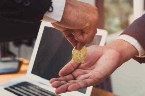 Комиссии в сети биткойн выросли на 198%, но Ethereum по-прежнему прибыльнее