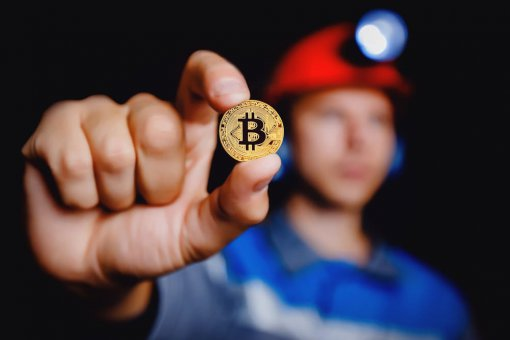 Менеджер хедж-фонда предупреждает, что биткоин-майнеры подвержены риску капитуляции