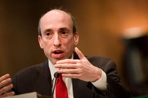 Генслер борется с правонарушениями на сенатских слушаниях