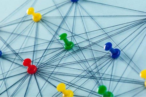 Партнерство Nexo и Chainlink стимулирует движение DeFi