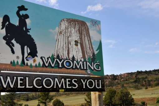 Пока Вашингтон колеблется, Вайоминг и другие штаты США добывают крипто-золото